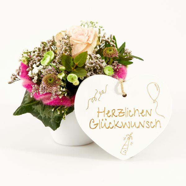 """Blumengruß """"Rose"""" mit Holzherz """"Herzlichen Glückwunsch"""""""