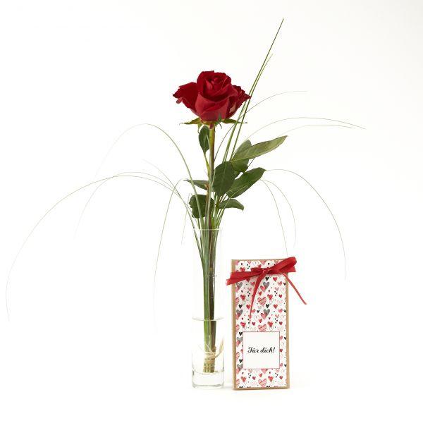 """Blumengruß """"Rote Rose"""" mit handgeschöpfter Schokolade """"Für Dich"""""""