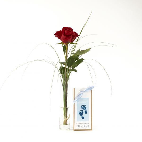 "Blumengruß ""Rote Rose"" mit handgeschöpfter Schokolade ""Glückwunsch zum Jungen"""