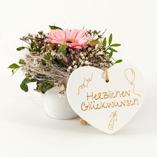 """Blumengruß """"Gerbera"""" mit Holzherz """"Herzlichen Glückwunsch!"""""""